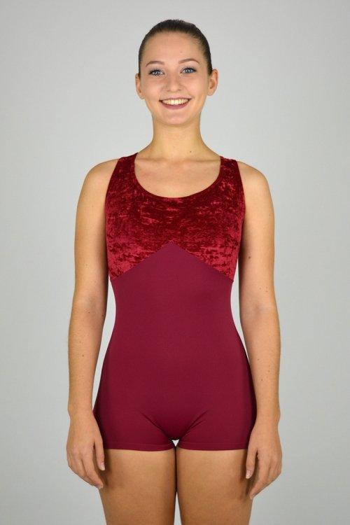 1221/C Tuta a pantaloncino con taglio sotto il seno. Bretelle decorative. Seno in ciniglia. prodotti    Atelier della Danza