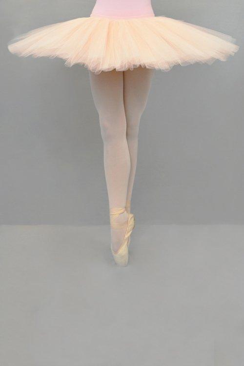 9951 Mutanda PROFESSIONALE con gonna in tulle rigido - 9 strati - 30-35-38 cm prodotti    Atelier della Danza